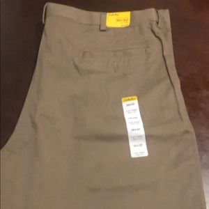 Cabelas flat front chino 36 x 32